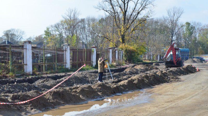 У Коломиї завершують будівництво каналізаційного колектора (ФОТО)