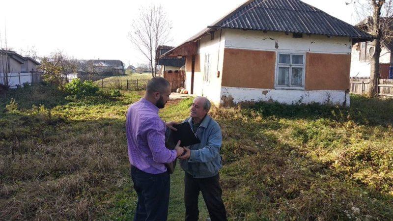 За несплачені аліменти у прикарпатця забрали хату (ФОТО)