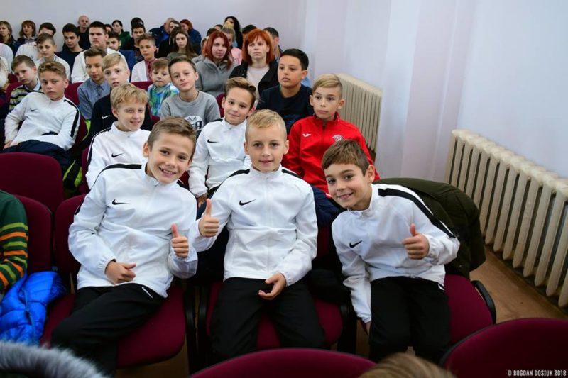 У Франківську нагородили переможців футбольного турніру серед школярів (ФОТО)