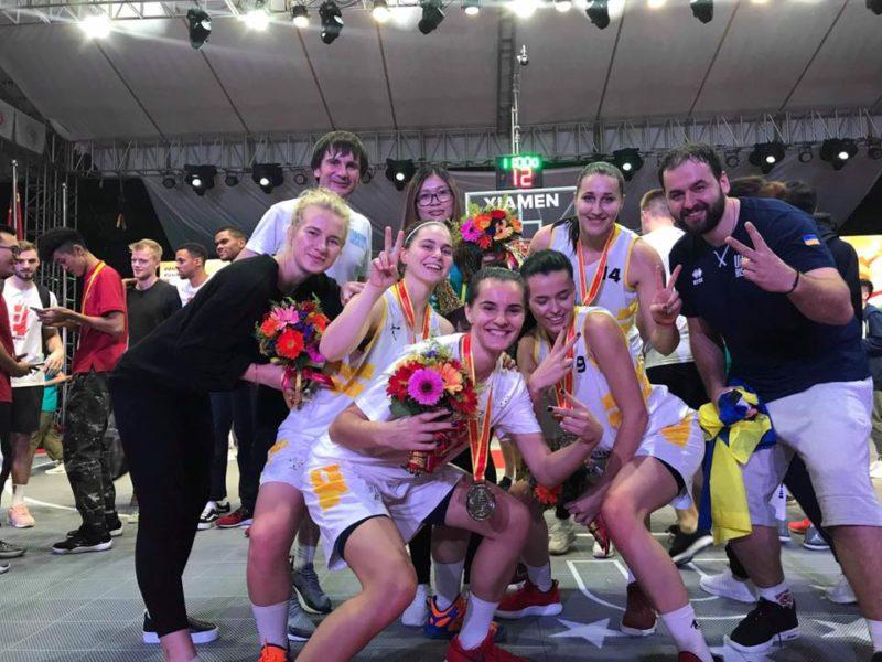 """Франківські баскетболістки вибороли """"срібло"""" на Чемпіонаті світу в Китаї (ФОТО)"""