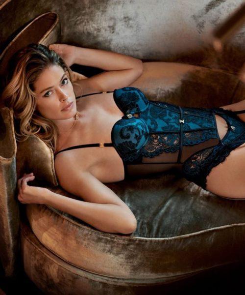 Найгарніша модель Нідерландів продемонструвала ідеальну фігуру в еротичній білизні (ФОТО)