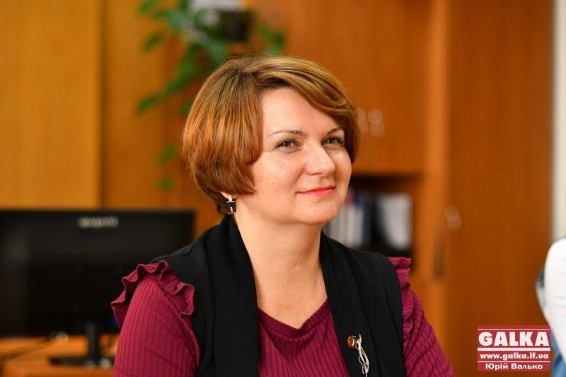 Слово на сесії в парламенті отримую часом і жіночою хитрістю, – нардеп Савчук