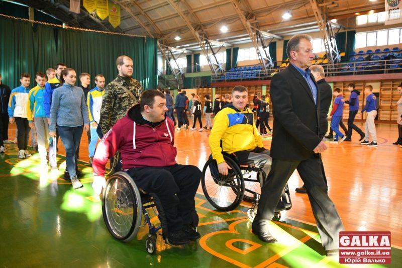 У Франківську відбулися обласні спортивні ігри до Міжнародного дня людей з інвалідністю (ФОТО)