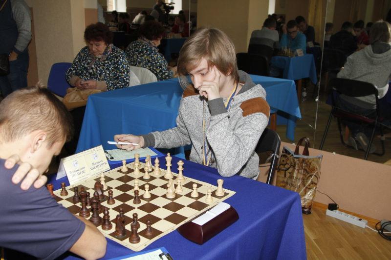 До Франківська на чемпіонат з'їхалися юні шахісти з усієї України (ФОТО)