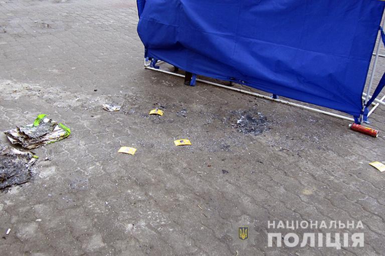 На Франківщині спіймали хулігана, котрий підпалив агітаційну палатку