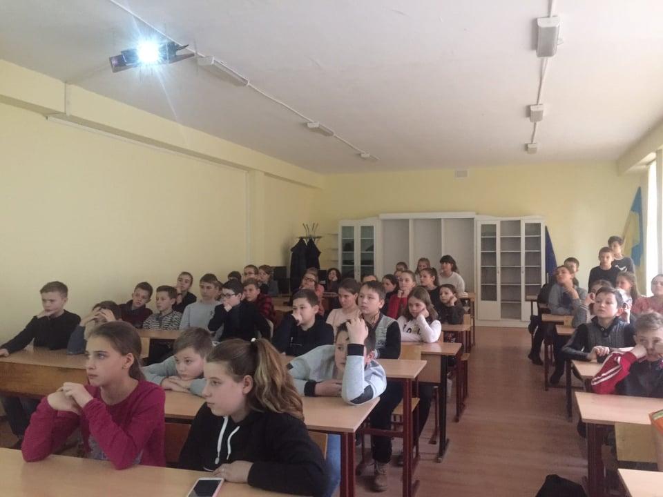 В Івано-Франківській школі провели урок на тему протидії булінгу (ФОТО)