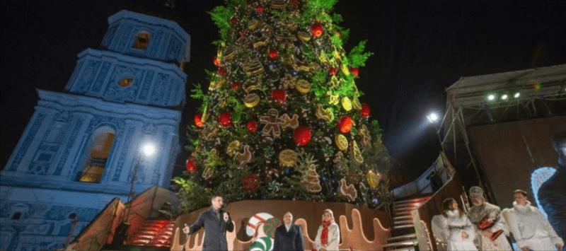 22-метрова ялинка з Прикарпаття прикрасить центр Києва