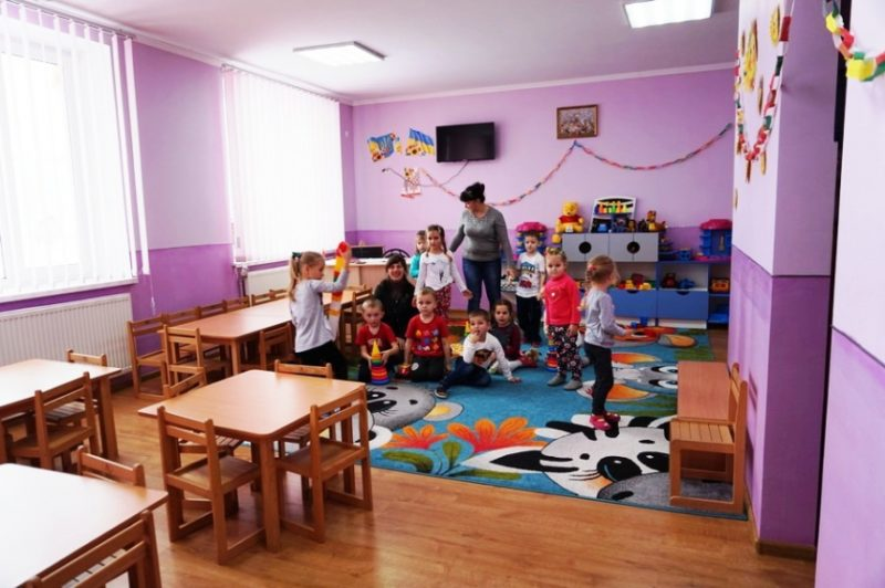 Відремонтовані дороги і новий дитсадок: чого досягла Дзвиняцька громада за неповний рік роботи (ФОТО)
